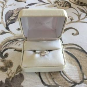 Jewelry - 14K Diamond Ring 1/2 CTTW